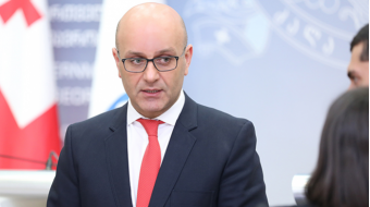 Finance Minister : There is no need to revise bank regulations at the stage