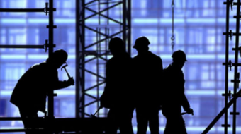 The number of jobs in the construction sector decreased by 4000