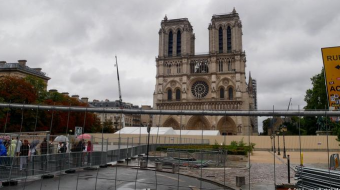 France's 'Robin Hood' NGO sues Paris for Notre Dame lead