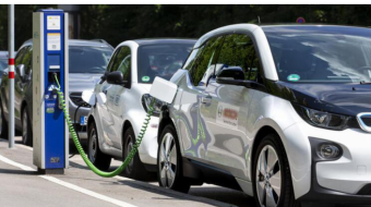 Electric vehicles could halve global demand for refining capacity by 2050: report