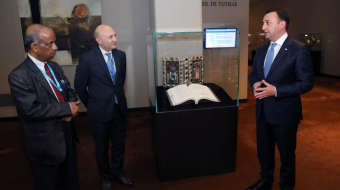 Georgia's PM gifts Knight in the Panther Skin to UN